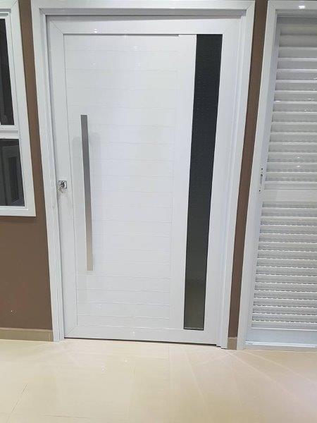 Portas e janelas de alumínio linha suprema